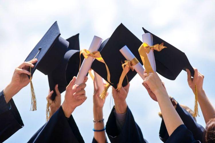 Perbedaan Gelar Perguruan Tinggi